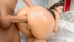 The Great Booty of Aleksa