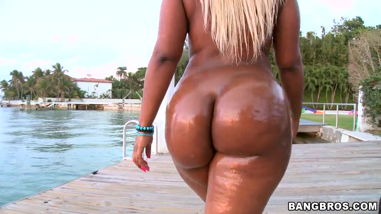 Oil ebony fat ass nude