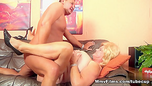 Amazing pornstar in Crazy Mature, Cumshots sex movie