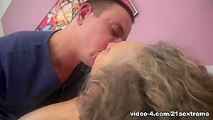 Best pornstar in Hottest College, Brunette xxx video