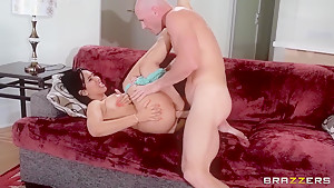 Isis Love is seducing an lucky bold guy on camera