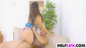 MILF Reagan Foxx Gets Drilled