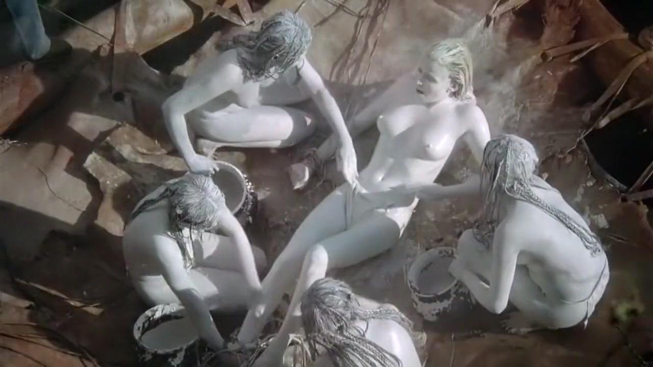 Erotic gifs sucking cocks