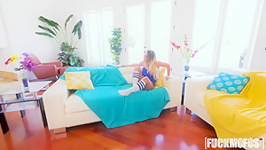 Cali Carter In Prank Vid Turns Into Sex Tape