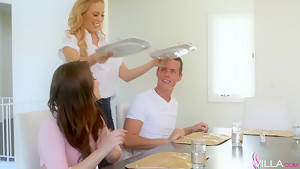 Cherie Deville, Jojo Kiss In Table Manners
