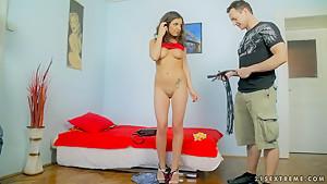 Amazing Henessy is posing on camera naked