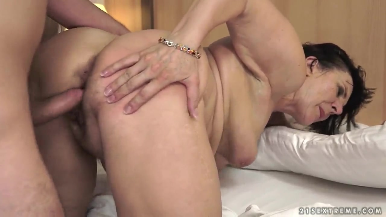 Free spread ebony booty tgp