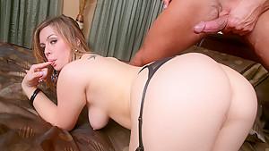 Tara Lynn Foxx & Bill Bailey in Ass Master Piece