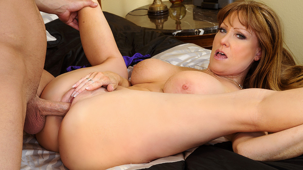 Hardcore cougar porn