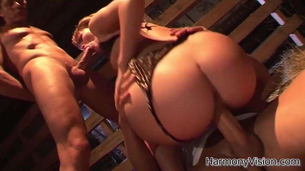 Horny bich gets fucked hard