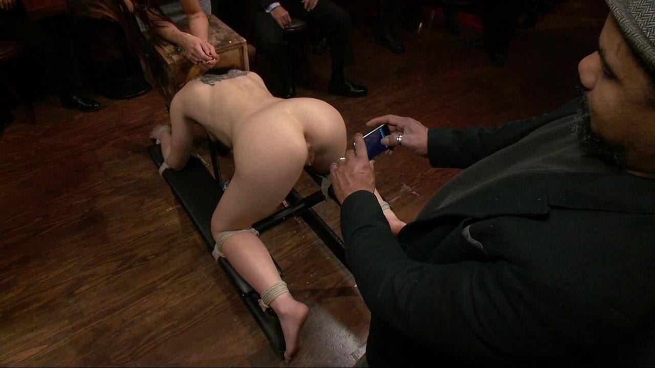 порно унижение смотреть онлайн