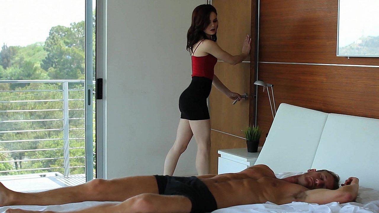 Jenna's sensual awakening